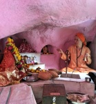 Small puja in Amba's gufa